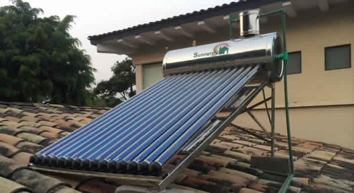 """تسخين المياه بالطاقة الشمسية """"السخان الشمسي"""""""
