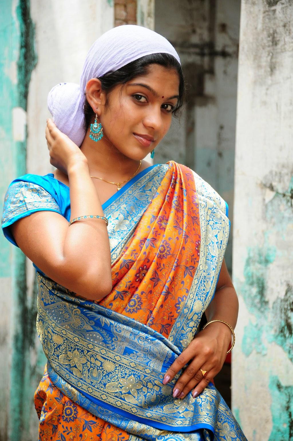 Actress Hd Gallery Swasika Tamil Movie Actress Hot Saree Photo Stills-7644
