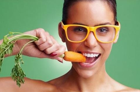 6 اطعمة مفيدة لتقوية البصر وجمال العيون