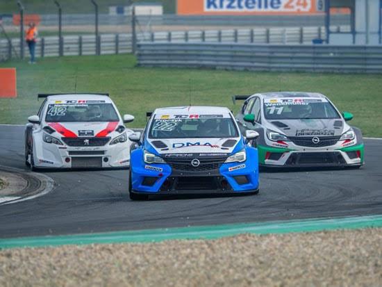 Startschuss für zweite Saisonhälfte auf dem Nürburgring