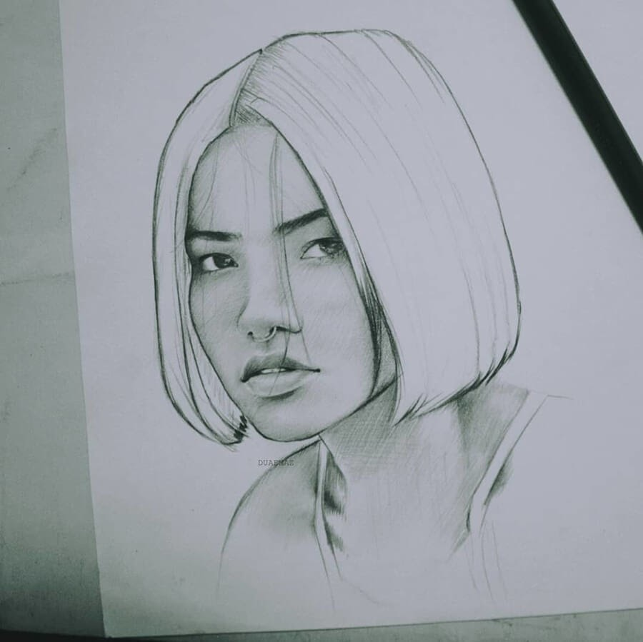 05-Pencil-Drawings-Duae-Maz-www-designstack-co