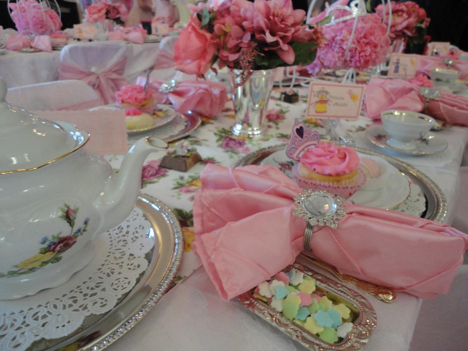 Ditt and Dott: Raising Twins: Princess Birthday Tea Party