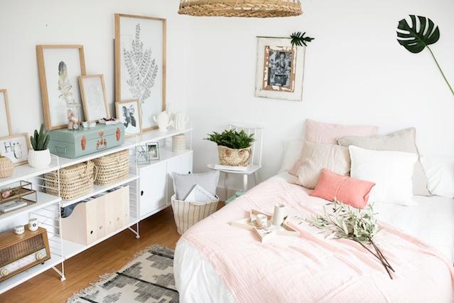 Un dormitorio con encanto y en tonos empolvados by deco living boho deco chic - Dormitorio con encanto ...