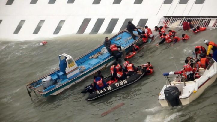 South Korea to lift sunken ferry Sewol by July