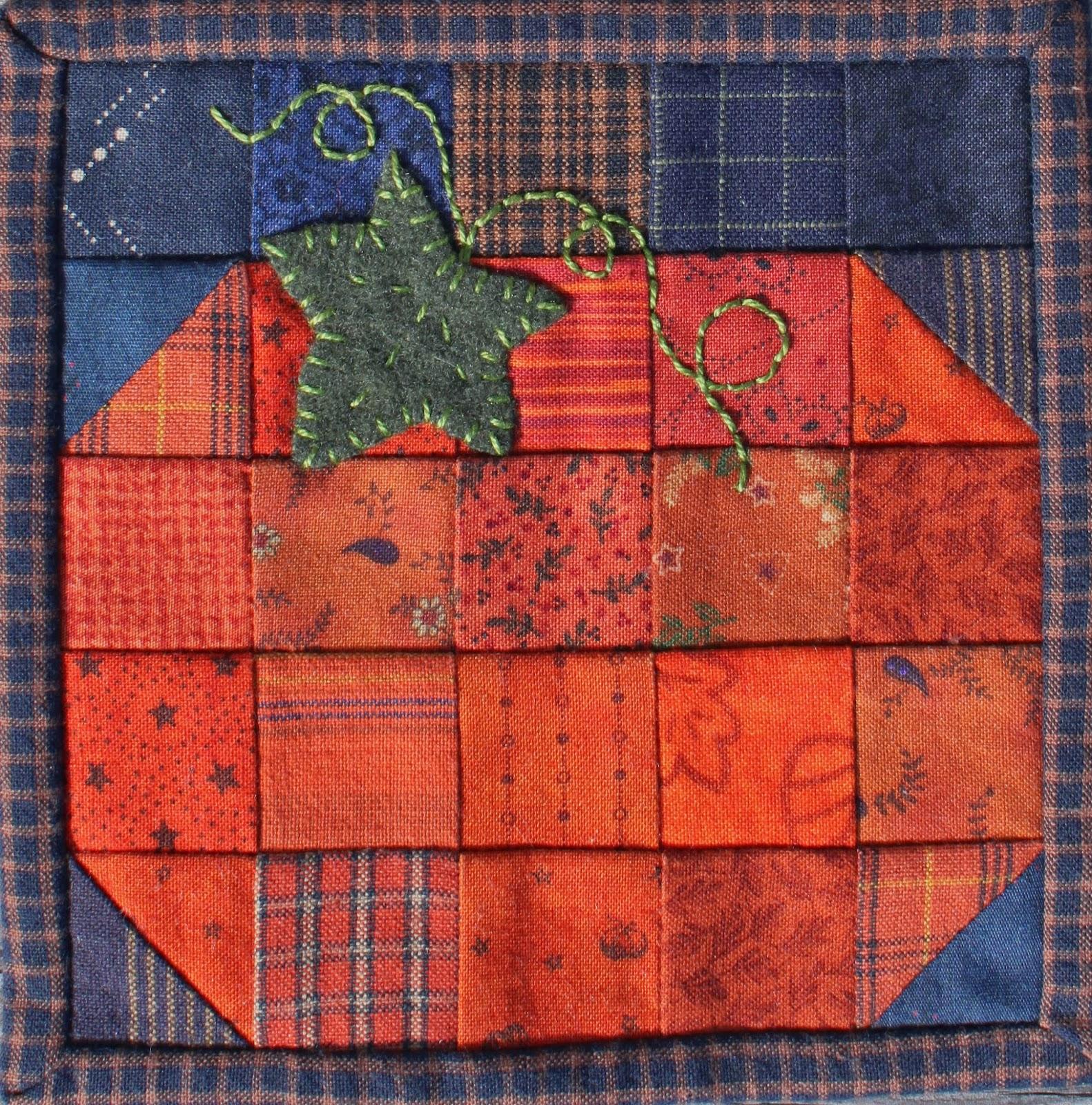 Jen Daly Quilts Mini Pumpkin Quilt Pattern