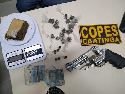 Em Pão de Açúcar/AL, polícia prende três pessoas  com arma de fogo e drogas