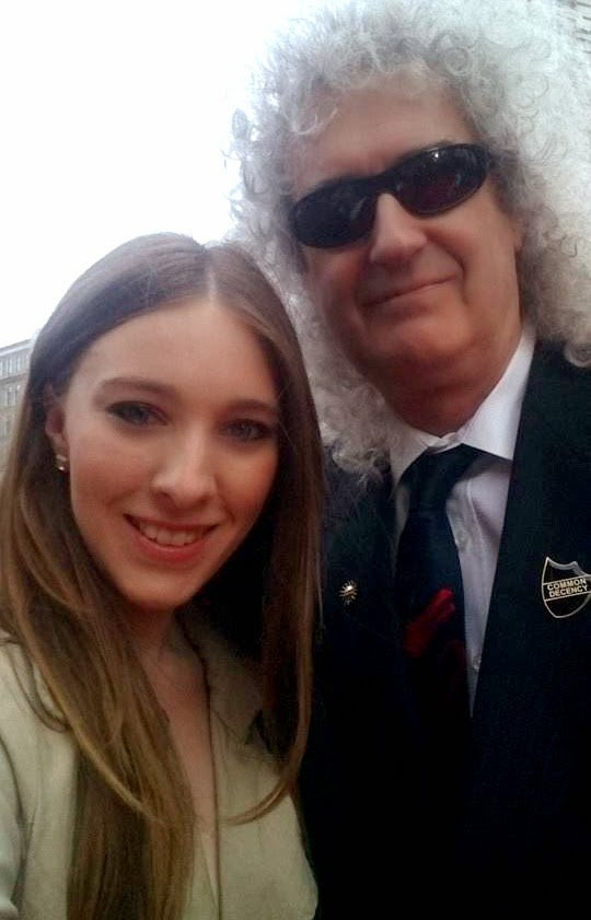 Brian May Selfie Olivier Awards 2015