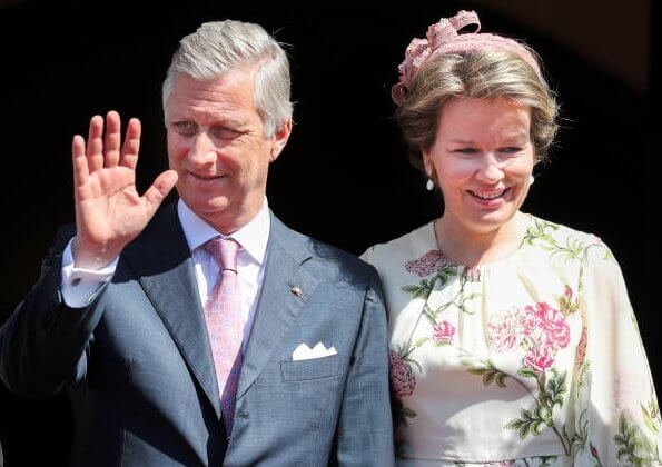 Queen Mathilde wore Giambattista Valli floral print silk chiffon midi dress in Neutrals. Princess Caroline wore same dress