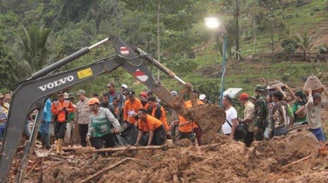 Innalillahi, 15 Orang Meninggal Dunia Akibar Longsor di Sukabumi
