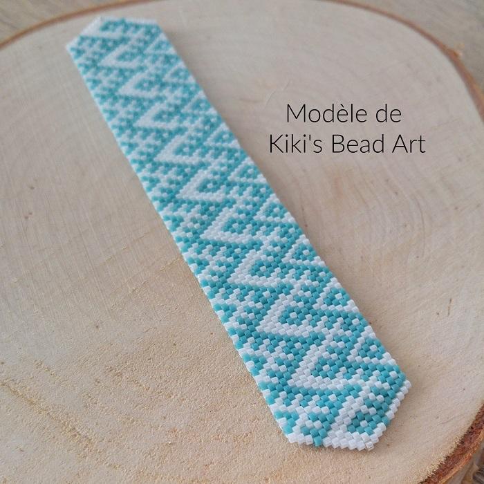 Bracelet Miyuki, turquoise et blanc, modèle de Kikis Bead Art, tissé en peyote par Hello c'est Marine