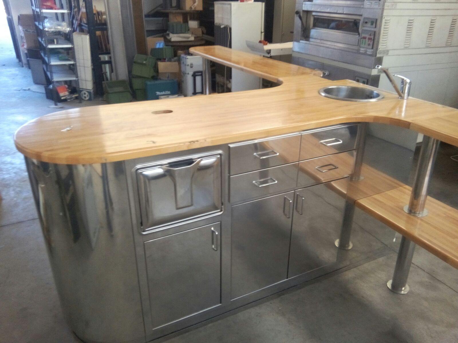 Restock s r l idea banco bar in stile vintage industriale for Bar stile industriale