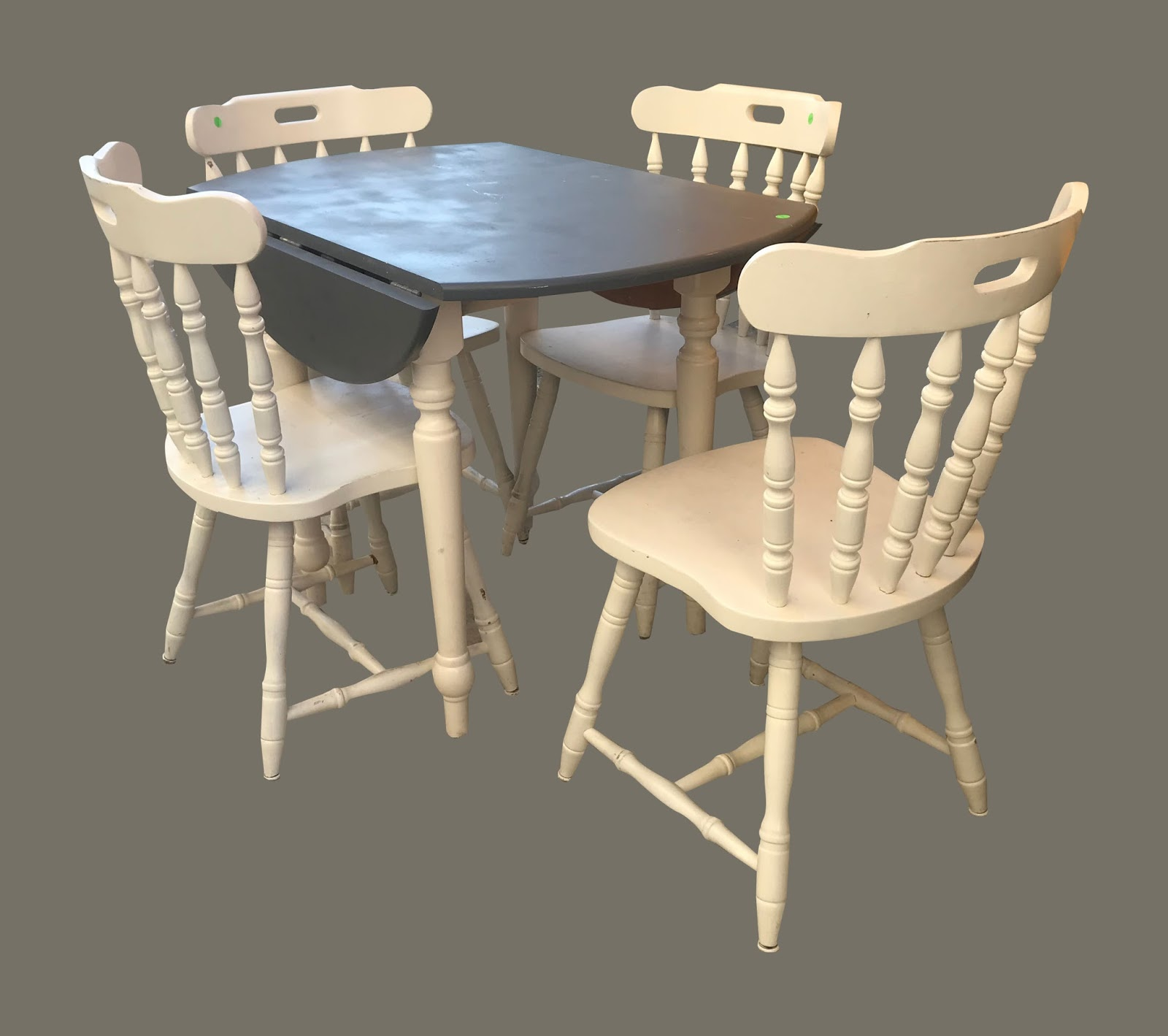 Uhuru furniture collectibles painted table 4 chairs for Cie no 85 table 4