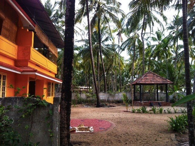 Arsha Yoga ashram main building
