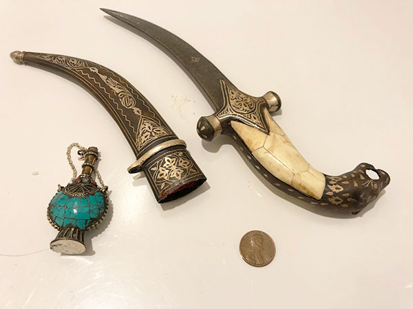 Ceremonial knife and small bottle from our middle east cruise (Source: Palmia Observatory)