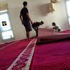Tips Merawat Karpet Masjid Agar Tidak Bau Ampek