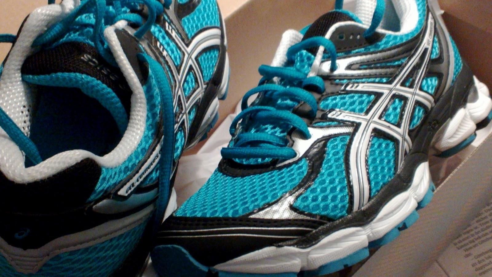 Sics Gel Cumulus  Women S Running Shoe Aw