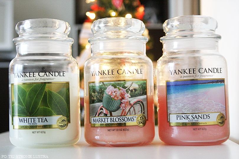 trzy duże świece zapachowe