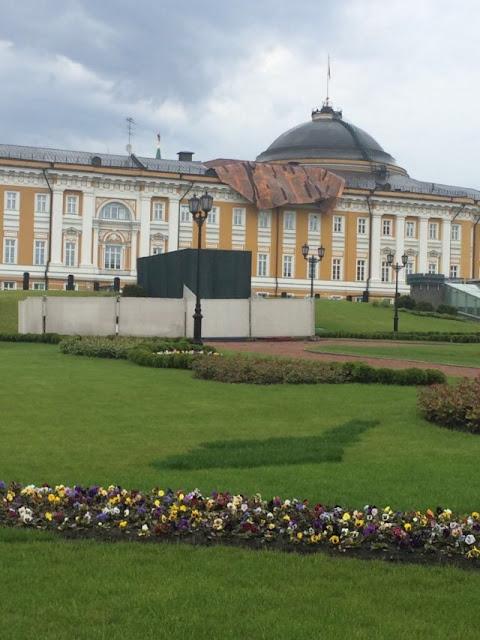 Ураган сорвал крышу в Кремле.