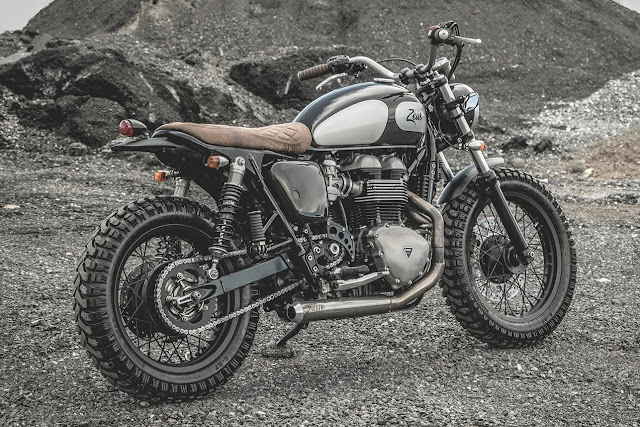 The Wild90s - Modified Triumph Thruxton 900 by Zeus Customs