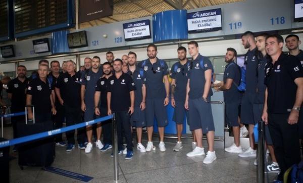 Ευρωμπάσκετ 2017: Η αναχώρηση της Εθνικής Ομάδας. (video) Τι δήλωσαν Μίσσας, Σλούκας, Μάντζαρης, Παπαπέτρου και Παπαγιάννης.