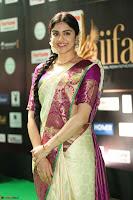 Adah Sharma looks super cute in Saree at IIFA Utsavam Awards 025.JPG
