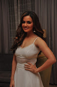 Sana khan new sizzling pics-thumbnail-2