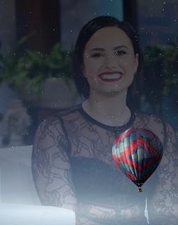 Smile Demi Lovato