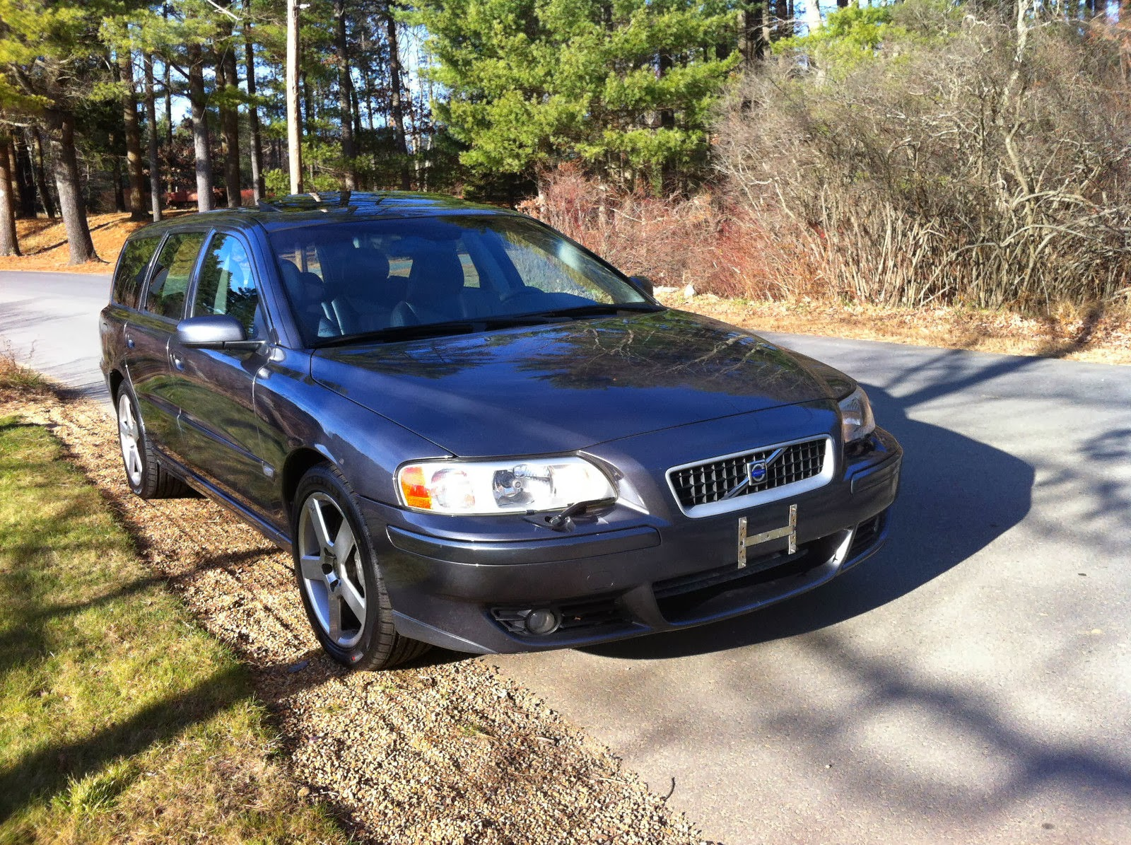 daily turismo 10k happy thorsgiving 2006 volvo v70r wagon 6spd. Black Bedroom Furniture Sets. Home Design Ideas