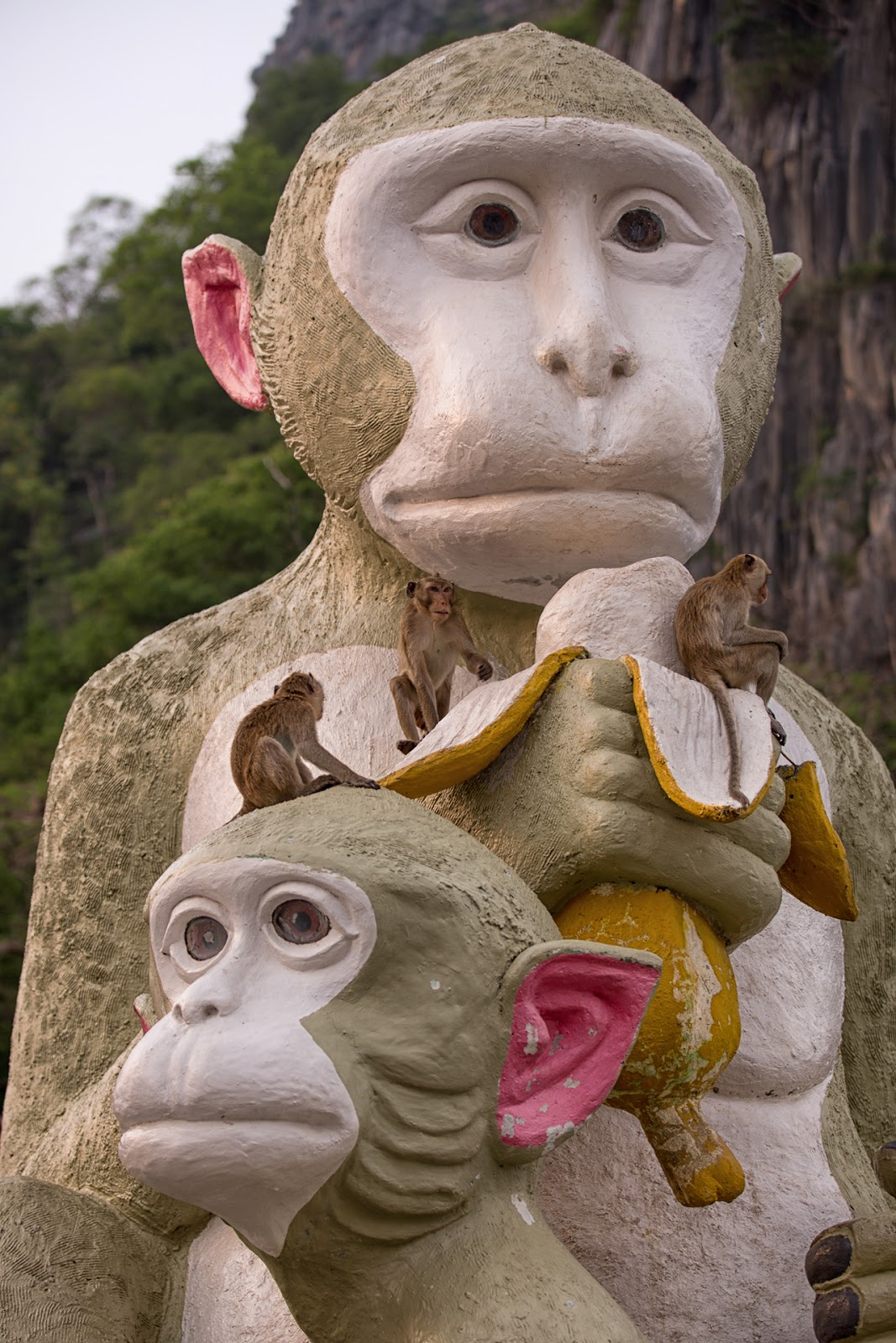Statua małpy,makaki,Tajlandia