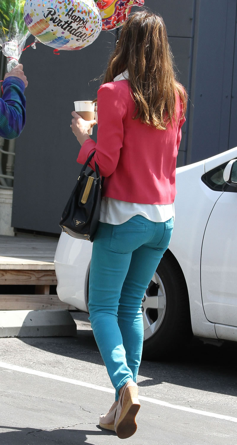 Jessica Alba Ass In Jeans 71