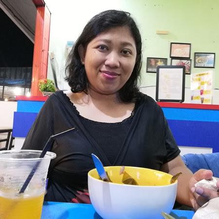 Try Level 10 Spicy Food in Ayam Gerpek Tanjungpinang