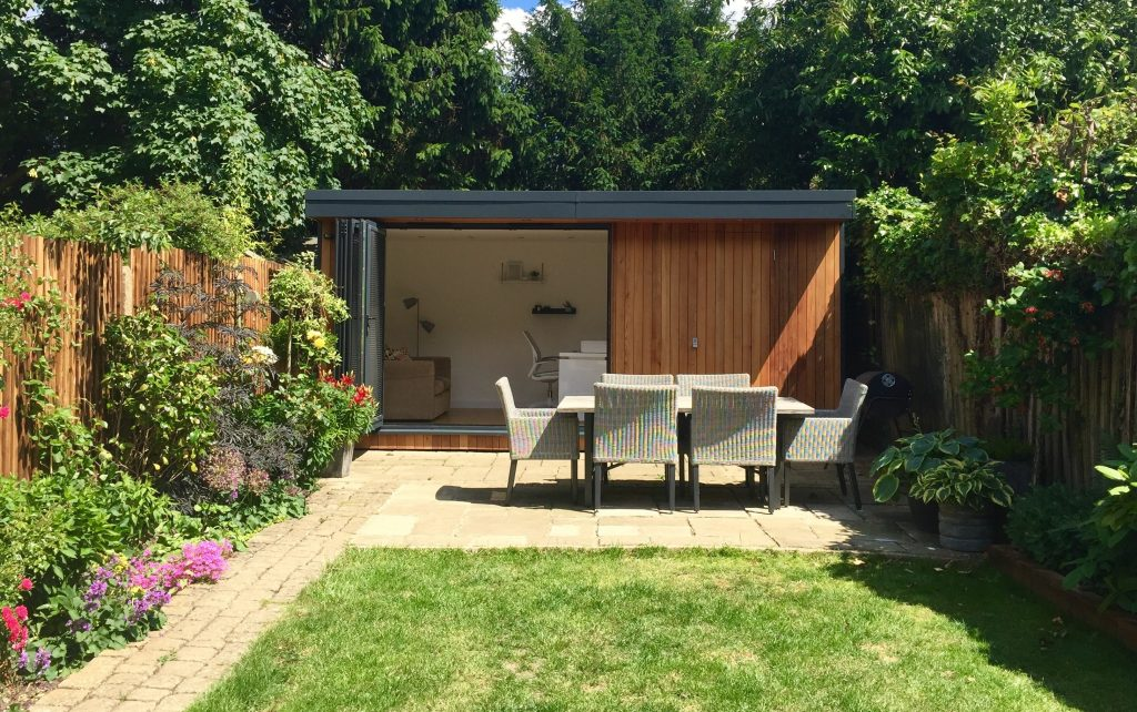 Shedworking garden hideaway for Garden shed 2 rooms