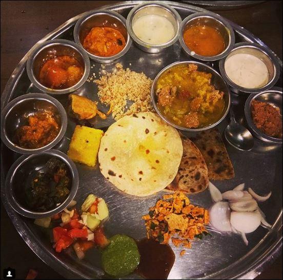 rajasthani thali  famous indian food trickdump