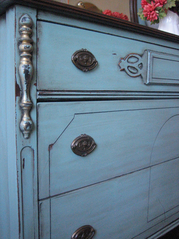 Antique Dressers With Mirrors