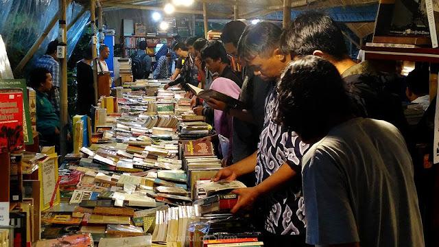 Antusias Pengunjung di Kampung Buku Jogja #2 2016