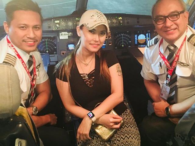 Maria Ozawa Diperiksa Imigrasi Denpasar