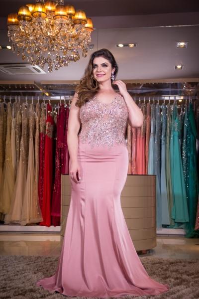 vestido de festa plus size rosa blush