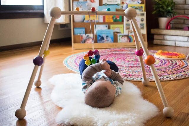 How we used a sheepskin with our Montessori baby from birth