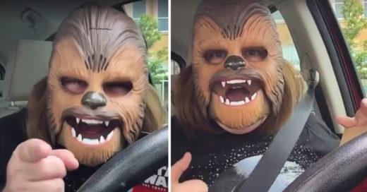 Mujer y su máscara de Chewbacca se vuelve VIRAL en Facebook