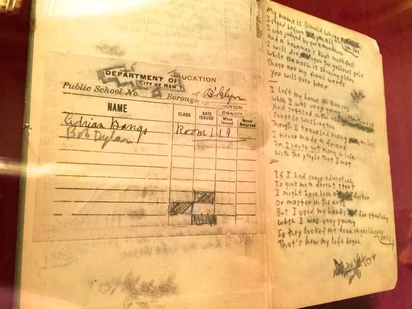 Lyric love robin hood lyrics : Ennyman's Territory: Duluth Dylan Fest Continues: Bill Pagel's ...