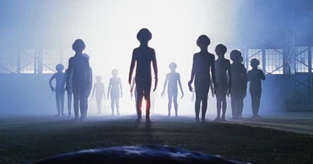 """Εξωγήινοι: """"Είμαστε απλά τυφλοί για να δούμε την ύπαρξή τους"""""""
