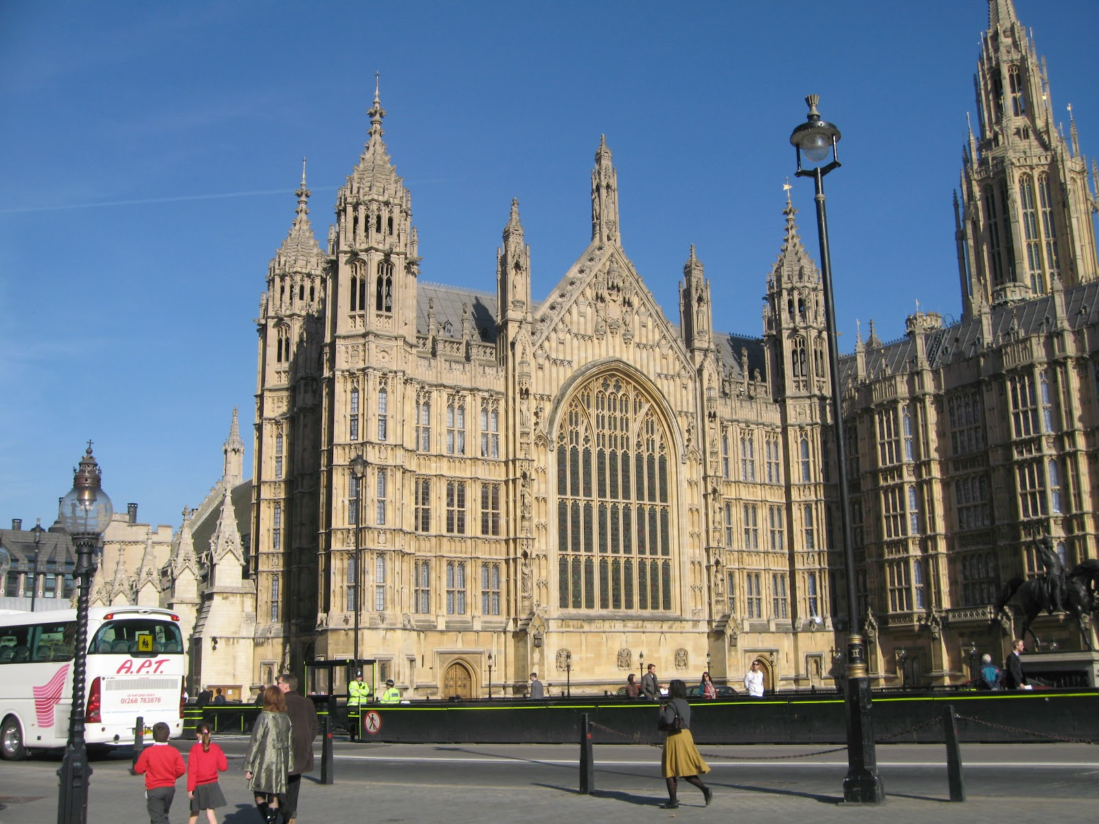Hitcham's Blog: Children visit Westminster Abbey and ...