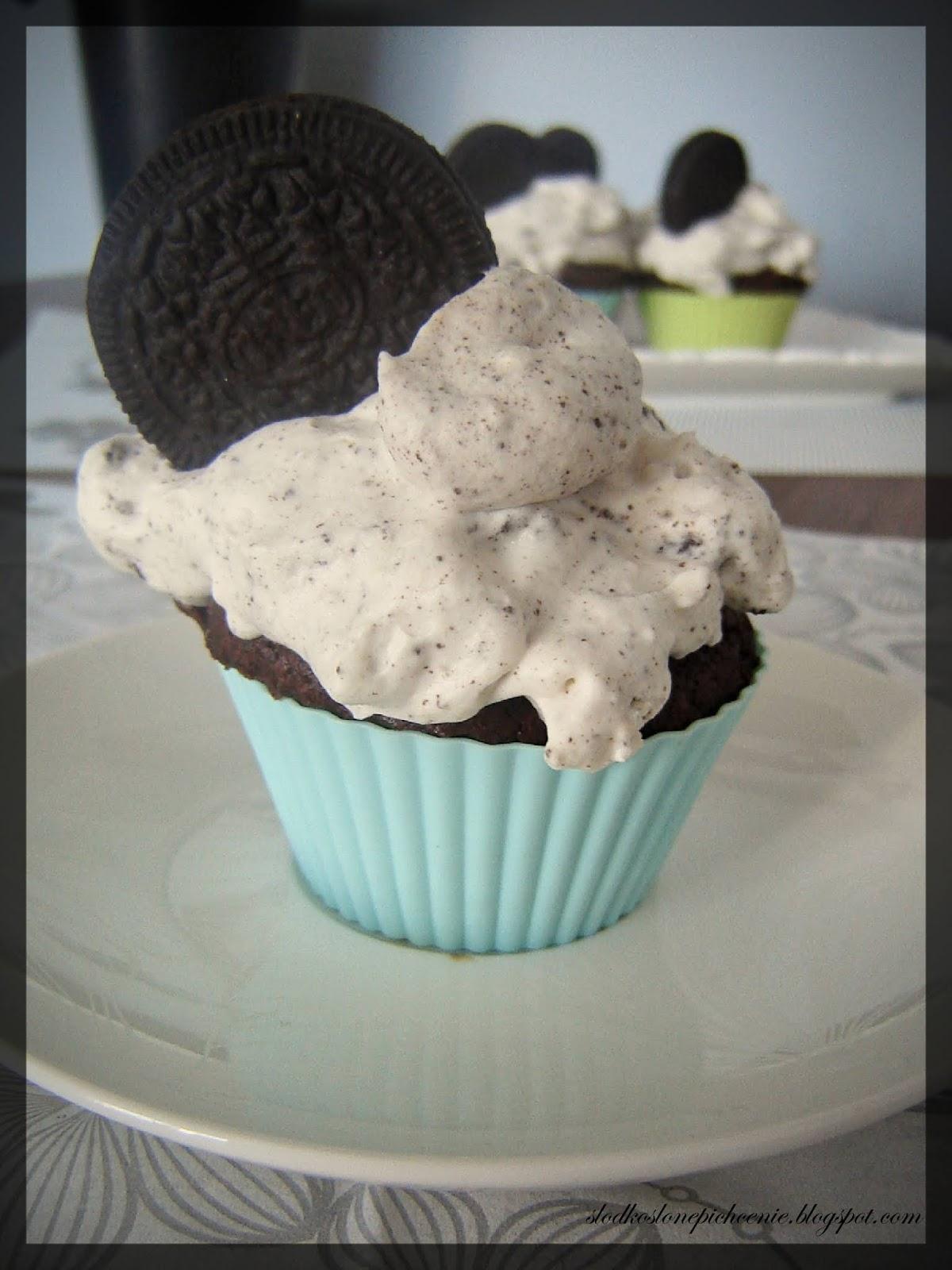 muffinki z ciasteczkami Oreo