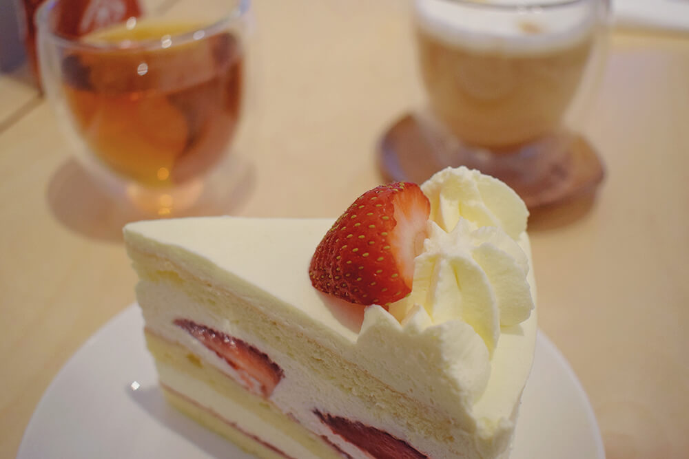 kova patisserie london japanese short cake