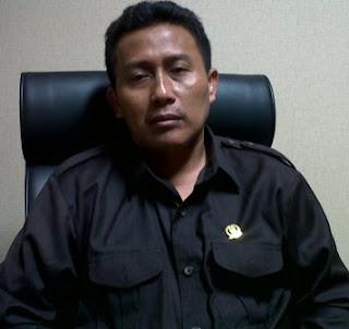 Husnul Aqib di ruang F-PAN DPRD Jatim.