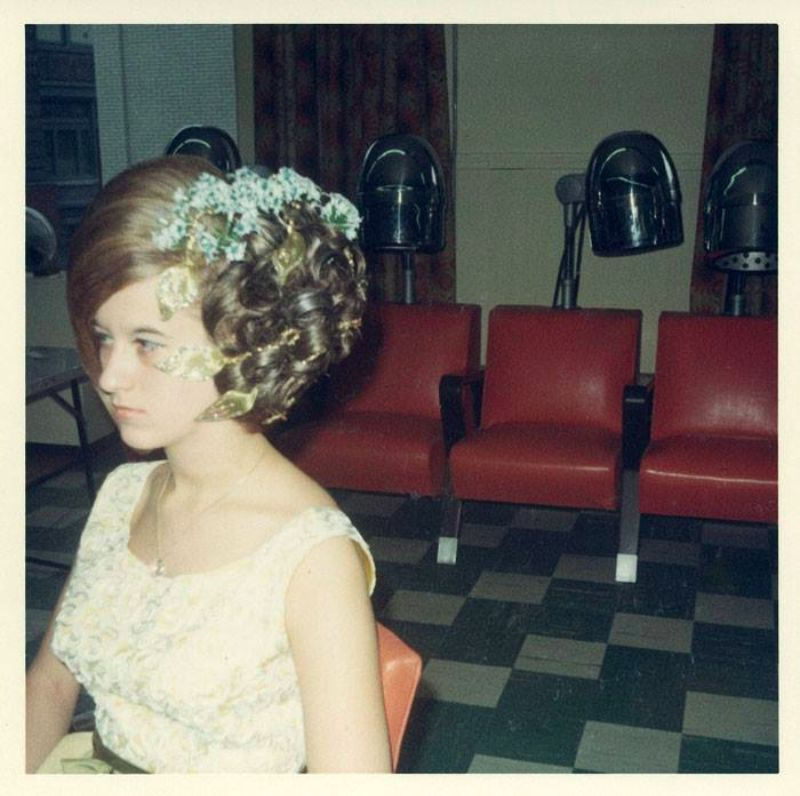 Inside A Womens Hair Salon From The 1960s Vintage Everyday