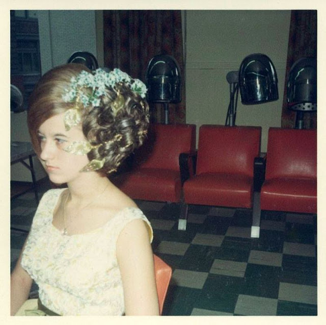 Inside a Women's Hair Salon from the 1960s ~ vintage everyday