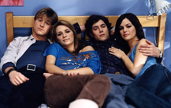 the o.c. season 1 promotional photos behind the scenes ryan, summer, seth, marissa, luke, anna