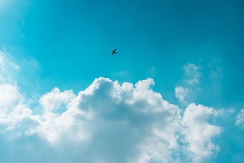 POESÍA Las nubes se disuelven | Santiago Kovadloff