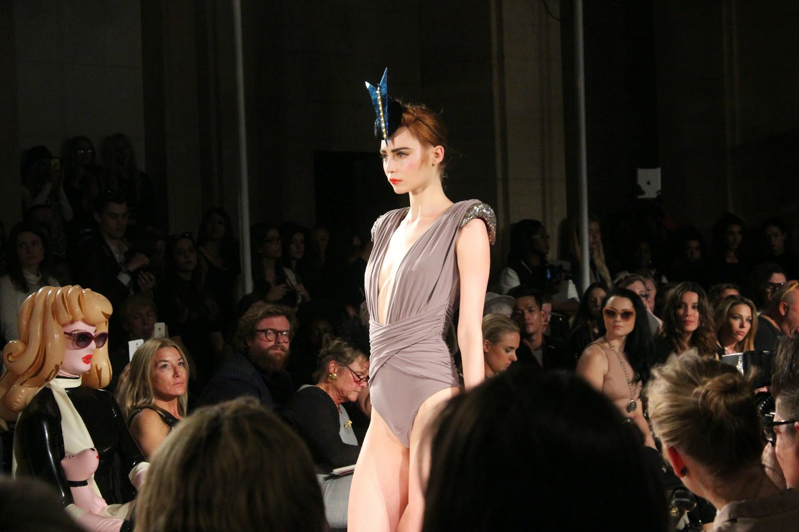 london-fashion-week-2014-lfw-spring-summer-2015-blogger-fashion-freemasons hall-fashion-scout-ashley-isham-catwalk-models-swimsuit